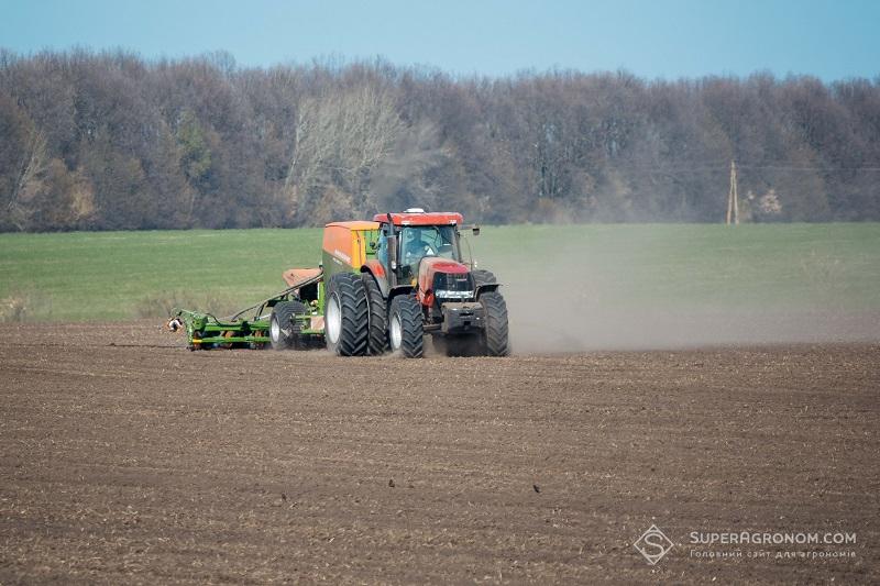 Микола Хісамудінов: Клімат стає різко континентальним, тому треба змінити підходи до вибору насіння і ЗЗР фото 5 LNZ Group